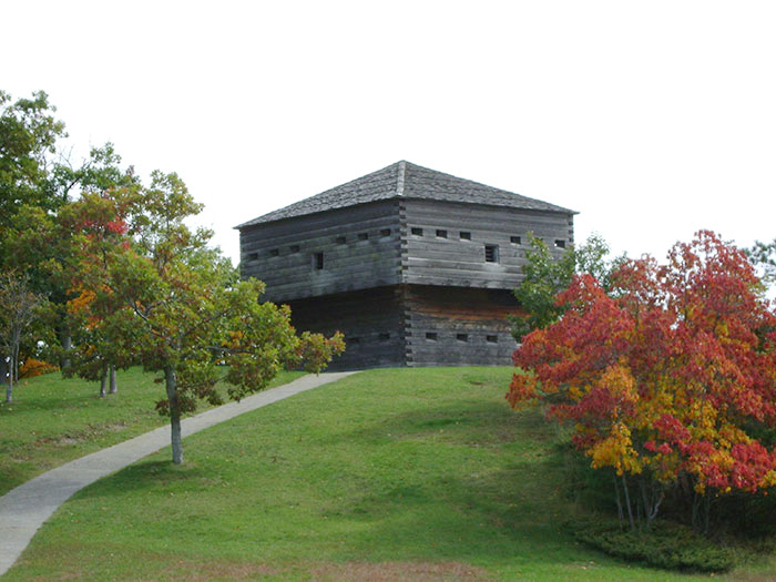 Muskegon_Winter_Blockhouse