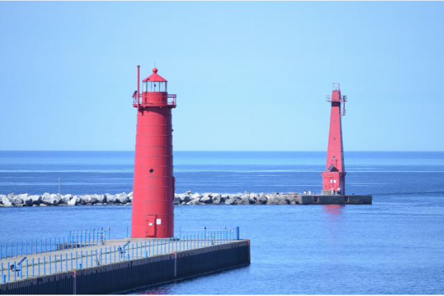 Muskegon Lighthouses: Photo Credit Barb Lowry