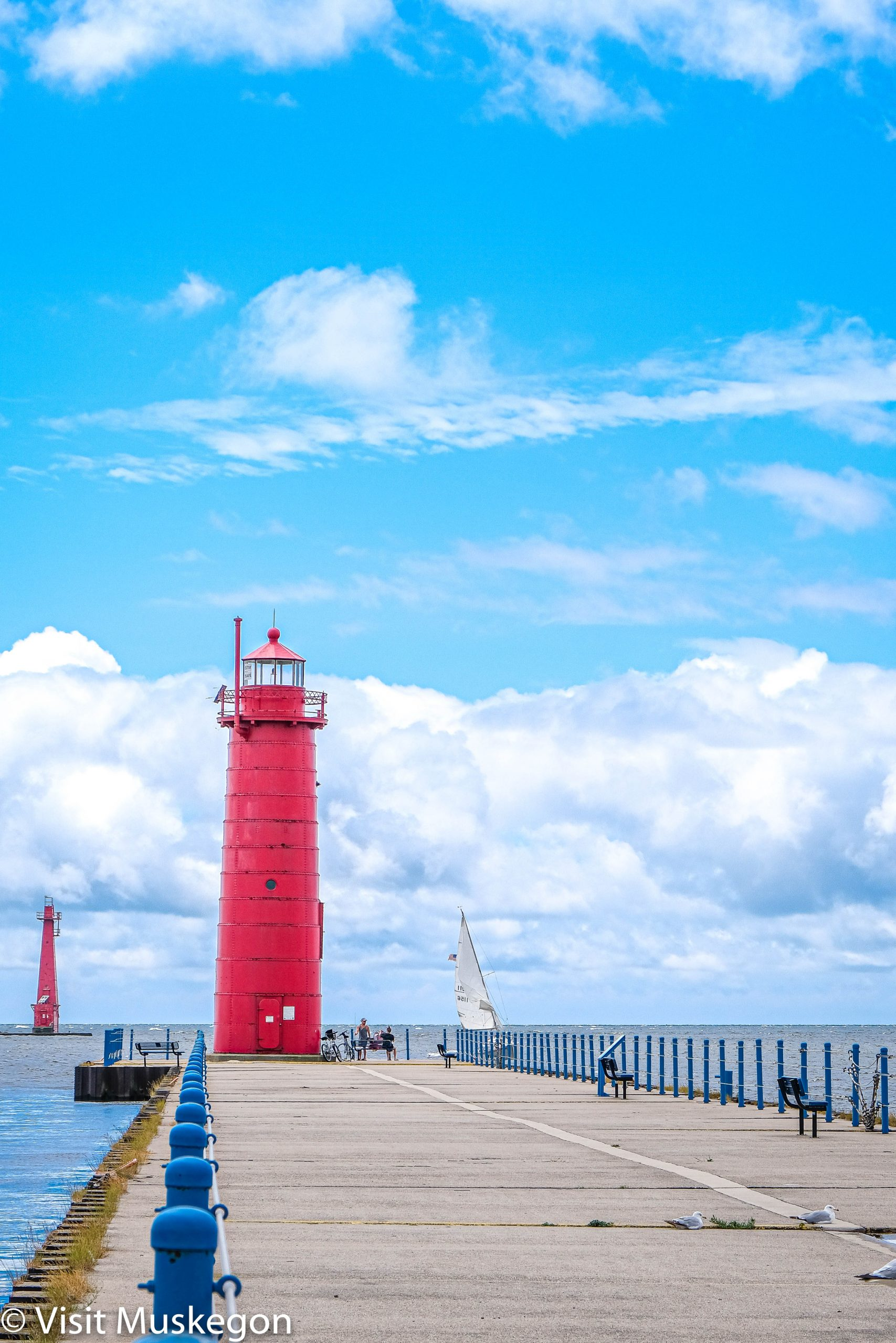 Muskegon South Pierhead Light